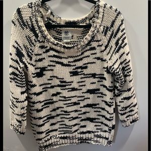 American Eagle Outfitters Sweater  large very cute